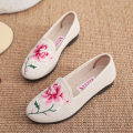 Low top shoes Other / other Round head Elastic cloth Flat heel Flat heel (1cm or less) Shallow mouth Netting Summer of 2019 Trochanter ethnic style Injection pressure shoes Youth (18-40 years old), middle age (40-60 years old) Color matching PVC Lazy shoes Embroidery cloth daily