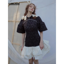 Dress Winter 2020 black S M Short skirt 25-29 years old Shiitake SS20WWBUQPS 51% (inclusive) - 70% (inclusive) polyester fiber Polyethylene terephthalate (polyester) 70% Cotton 30% Same model in shopping mall (sold online and offline)