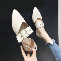 Low top shoes 35 36 37 38 39 40 Quan Yuanqing Beige Black Beige [upgrade] black [upgrade] Sharp point PU Flat bottom Low heel (1-3cm) Shallow mouth PU Summer of 2019 Flat buckle Korean version Adhesive shoes Youth (18-40 years old) Solid color rubber Single shoes Shallow metal decorative belt buckle