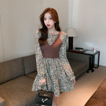 T-shirt Black dress, coffee dress, black dress + sling, coffee dress + sling S,M,L Autumn 2020 Long sleeves Crew neck Self cultivation Medium length routine commute other 51% (inclusive) - 70% (inclusive) Korean version Broken flowers Other / other