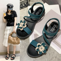 Sandals 35 36 37 38 39 Black Beige green PU Mytisun / Mattel Shane Barefoot Flat bottom Middle heel (3-5cm) Summer 2020 Trochanter Korean version Solid color Adhesive shoes Youth (18-40 years old) rubber daily Back space Roman style with flowers, rivets and ribbons Low Gang Lateral space PU PU