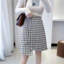 skirt Winter 2020 S,M,L Heige (limited to 5 items, no more shots), light coffee (limited to 5 items, no more shots) Short skirt High waist Irregular lattice 31% (inclusive) - 50% (inclusive) Wool Sennag