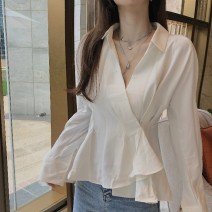 shirt White irregular shirt 6865 Black Lace stitching top 06870 white bubble sleeve top 6635-2 White V-Neck shirt 6839 white lace shirt gilt Ruffle shirt Average size S M Winter of 2019 polyester fiber 81% (inclusive) - 90% (inclusive) Long sleeves commute Regular Polo collar Socket shirt sleeve Wi4a