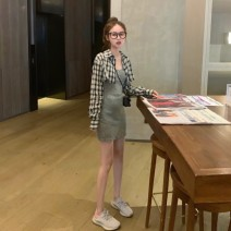 Fashion suit Autumn of 2019 Average size Plaid top grey vest 18-25 years old Qingqing leisurely Other 100.00% Pure e-commerce (online only)