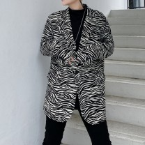 man 's suit Black and white leopard print Others Youth fashion routine M,L,XL,2XL Polyethylene terephthalate (polyester) 100% Self cultivation A single breasted button Other leisure Back middle slit youth Long sleeves Four seasons routine tide Casual clothes Animal pattern 2020
