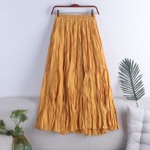 skirt Spring 2021 Average size Red, yellow, dark blue, peacock blue, green, khaki, black, coffee, apricot, blue, white, light pink longuette Versatile High waist Pleated skirt Solid color Type A 18-24 years old 71% (inclusive) - 80% (inclusive) other polyester fiber fold