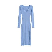 Dress Autumn 2020 Blue, black, brown, khaki S, M longuette singleton  Long sleeves commute V-neck High waist Solid color Socket Cotton Village 81% (inclusive) - 90% (inclusive) knitting