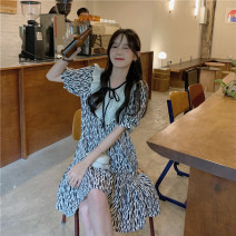 Dress Summer 2021 Color contrast Average size Middle-skirt Short sleeve commute Socket 18-24 years old Korean version 51% (inclusive) - 70% (inclusive)