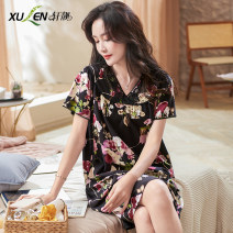 Nightdress Xuan Liang 2XL 3XL M L XL Sweet Short sleeve pajamas Middle-skirt summer Plants and flowers youth V-neck cotton Mosaic decoration 81% (inclusive) - 95% (inclusive) Summer 2021 Cotton 95% polyurethane elastic fiber (spandex) 5% Pure e-commerce (online only)