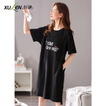 Nightdress Xuan Liang Simplicity Short sleeve Leisure home Middle-skirt summer letter youth Crew neck cotton printing 81% (inclusive) - 95% (inclusive) lycra  W40843 elegant black Summer 2021 Cotton 95% polyurethane elastic fiber (spandex) 5% Pure e-commerce (online sales only) M L XL 2XL