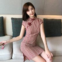 cheongsam Summer 2021 gules Short sleeve Short cheongsam lady Low slit daily lattice 18-25 years old cotton