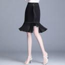 skirt Summer 2020 M/27 L/28 XL/29 XXL/30 XXXL/31 XXXXL/32 black Mid length dress commute High waist Ruffle Skirt other Type A 40-49 years old KYL1095 91% (inclusive) - 95% (inclusive) other Master polyester fiber Decorative stitching of open line with ruffles Korean version
