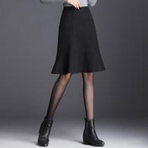 skirt Autumn 2020 M/27 L/28 XL/29 XXL/30 XXXL/31 XXXXL/32 black Mid length dress commute High waist A-line skirt Solid color Type A 40-49 years old QQ9865 91% (inclusive) - 95% (inclusive) Master polyester fiber Zipper stitching Korean version Polyester 95% polyurethane elastic fiber (spandex) 5%
