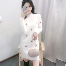 sweater Winter of 2018 S M L XL XXL Long sleeves Socket singleton  Medium length other 95% and above Half high collar thickening routine Solid color Straight cylinder Regular wool Keep warm and warm 25-29 years old Chrysanthemum vine dm0001 Embroidery Other 100%