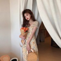 Dress Summer 2021 Yellow floral skirt S M L XL Mid length dress singleton  Short sleeve commute V-neck High waist Broken flowers other puff sleeve Others 18-24 years old Type A Disco cool Retro 0212R More than 95% other Other 100% Pure e-commerce (online only)