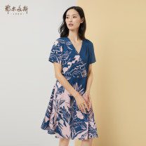 Dress Spring 2020 155/76A/XS 155/80A/S 160/84A/M 165/88A/L 170/92A/XL 175/96A/XXL Middle-skirt singleton  Short sleeve commute V-neck middle-waisted Abstract pattern other A-line skirt routine 25-29 years old Type A Ordos, 1980 literature 51% (inclusive) - 70% (inclusive) other cotton