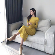 Dress Autumn of 2019 Yellow, black S, M longuette singleton  Long sleeves commute Crew neck middle-waisted Solid color Socket One pace skirt routine 18-24 years old Type X Other / other Pleat, pleat More than 95% knitting cotton