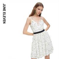 Dress Summer 2020 white 4,6,8,10,12 Short skirt singleton  Sleeveless Sweet V-neck middle-waisted Decor zipper Pleated skirt camisole 25-29 years old Type A More than 95% polyester fiber Countryside