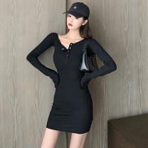 Women's large Spring 2020 black L [100-120 Jin], XL [120-135 Jin], XXL [135-150 Jin], 3XL [150-165 Jin], 4XL [165-180 Jin] singleton  commute Long sleeves V-neck routine 18-24 years old Short skirt