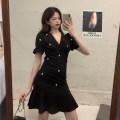 Dress Summer 2021 black M [90-100 Jin], l [100-120 Jin], XL [120-135 Jin], 2XL [135-150 Jin], 3XL [150-165 Jin], 4XL [165-180 Jin] Middle-skirt singleton  Short sleeve commute V-neck Solid color puff sleeve Type A Korean version Three dimensional decoration, nail beads