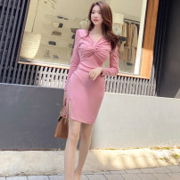 Dress Winter 2020 Pink S M L XL Middle-skirt singleton  Long sleeves commute V-neck High waist Solid color zipper One pace skirt routine 25-29 years old Zhiyu Korean version 2586A More than 95% polyester fiber Polyester 95% polyurethane elastic fiber (spandex) 5% Pure e-commerce (online only)