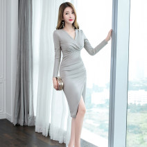 Dress Autumn of 2019 Light grey S M L XL Middle-skirt singleton  Long sleeves commute V-neck High waist Solid color zipper One pace skirt routine 25-29 years old Zhiyu Korean version 30% and below nylon Pure e-commerce (online only)
