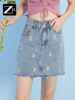 skirt Summer 2020 XS S M L XL Light blue Mid length dress Natural waist A-line skirt Broken flowers Type A 25-29 years old Q72004277123 81% (inclusive) - 90% (inclusive) ZK cotton Embroidered pocket Cotton 86.8% polyester 6.8% viscose 6.4% Same model in shopping mall (sold online and offline)