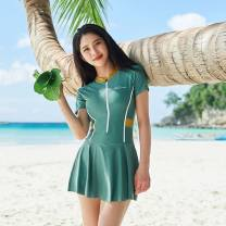 one piece  Other brands M (recommended weight 80-95), l (recommended weight 95-110 kg), XL (recommended weight 110-125 kg), 2XL (recommended weight 125-140 kg), 3XL large (recommended weight 140-155 kg) Skirt one piece With chest pad without steel support Nylon, spandex, polyester D61554 female