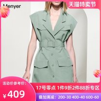Dress Summer 2020 green S M L XL Mid length dress singleton  Short sleeve commute square neck High waist Solid color Single breasted A-line skirt other Others 30-34 years old Beautiful spring Simplicity 2002C078 71% (inclusive) - 80% (inclusive) polyester fiber Pure e-commerce (online only)