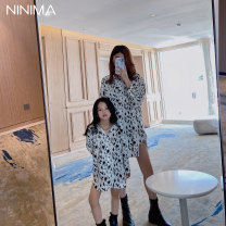 Parent child fashion Black and white leopard print Women's dress neutral Other / other 100cm, 110cm, 120cm, 130cm, 140cm, mom s, mom m, 1304.20, 1404.20, 1504.20, 1204.20 shirt spring and autumn routine M, S 2, 3, 4, 5, 6, 7, 8, 9, 10, 11