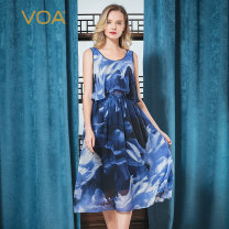 Dress Spring 2020 Blue sky (q85) 155/S 160/M 165/L 170/XL 175/XXL 180/XXXL Mid length dress Fake two pieces Sleeveless commute Crew neck High waist Abstract pattern Socket A-line skirt routine Others 30-34 years old Type X VOA lady Pleated resin fixation printing A10868 More than 95% Chiffon silk