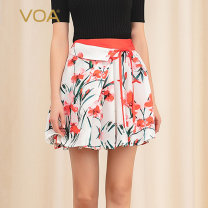 skirt Spring of 2019 155/S 160/M 165/L 170/XL Begonia (H81) Short skirt motion Natural waist Pleated skirt Decor Type A 30-34 years old C689 More than 95% brocade VOA silk Three dimensional decorative stitching with pleated lace Mulberry silk 100% Pure e-commerce (online only)
