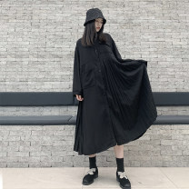Dress Autumn 2020 The night was black Average size Mid length dress singleton  Long sleeves commute other Loose waist Solid color Single breasted Pleated skirt routine Others Type H Fold, pocket, stitching, asymmetry 2020-8117