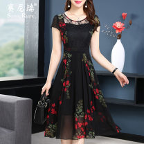 Dress Summer of 2018 black M L XL 2XL 3XL 4XL Mid length dress singleton  Short sleeve street Crew neck High waist Broken flowers zipper A-line skirt routine Others 35-39 years old Type A Sunny right Pleated zipper printing S18XQ27271 More than 95% other polyester fiber Polyester 100%