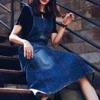 Dress Autumn of 2018 navy blue S,M,L,XL longuette singleton  Sleeveless commute middle-waisted Solid color A-line skirt straps 30-34 years old Type A At this time the flavor literature Hand worn, pocket worn More than 95% cotton