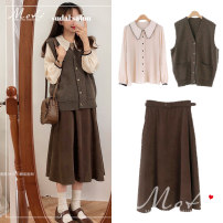 Fashion suit Autumn 2020 S. M, l, XL, one size fits all Brown vest , Apricot shirt , Coffee skirt , Khaki Skirt 18-25 years old eight thousand and ninety-seven #