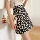 skirt Summer 2020 S,M,L,XL Black Daisy, white daisy Short skirt commute High waist A-line skirt Type A printing Korean version