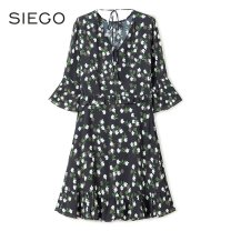 Dress Spring 2020 Black flower S,M,L,XL Middle-skirt singleton  commute Crew neck High waist Decor Socket A-line skirt pagoda sleeve 25-29 years old Siego / Sikou Retro 649130311A More than 95% polyester fiber