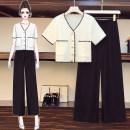 Women's large Summer 2020 Single coat, single pants, suit Large L [recommended 100-118 kg], large XL [recommended 118-135 kg], large 2XL [recommended 135-155 kg], large 3XL [recommended 155-175 kg], large 4XL [recommended 175-195 kg] trousers Two piece set commute moderate Socket Short sleeve V-neck