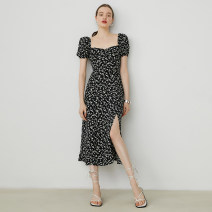 Dress Summer 2020 S,M,L longuette singleton  Short sleeve commute square neck Broken flowers Socket other puff sleeve Others 18-24 years old Type A fano studios Simplicity make a slit or vent 31% (inclusive) - 50% (inclusive) cotton