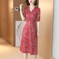 Dress Summer 2020 Red 206, purple 208, red 209 M,L,XL,2XL,3XL Mid length dress singleton  elbow sleeve commute V-neck middle-waisted Broken flowers Socket A-line skirt puff sleeve Others 30-34 years old Type A Korean version Pleated, stitched, printed YF206F 91% (inclusive) - 95% (inclusive) other