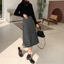 skirt Autumn 2020 S,M,L Black, brown Mid length dress commute Natural waist skirt lattice Type A 18-24 years old E550ht090-8825 Plaid hip skirt-609 51% (inclusive) - 70% (inclusive) Light tweed Yu Xiaotiao Viscose Korean version
