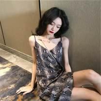 Dress Summer of 2019 serpentine Average size Mid length dress singleton  Sleeveless commute V-neck Loose waist routine camisole 18-24 years old Type H Retro