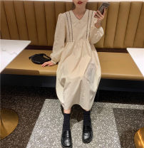 Dress Spring 2021 Apricot, black Average size Mid length dress singleton  Long sleeves V-neck Loose waist Solid color Type A 71% (inclusive) - 80% (inclusive)