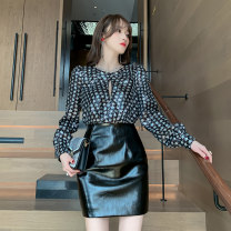 Dress Autumn 2020 black S M L Short skirt singleton  Long sleeves commute V-neck High waist Hand painted zipper routine Others 25-29 years old Type A nanoampere  Ol style Hollow stitching L 4501 More than 95% polyester fiber Polyester 100% Pure e-commerce (online only)