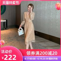 Dress Spring 2021 golden S M L Mid length dress singleton  Long sleeves commute V-neck High waist Solid color Single breasted other other Others 25-29 years old Type A nanoampere  Retro Button L 4394 More than 95% Lace polyester fiber Polyester 100% Pure e-commerce (online only)