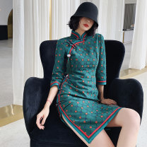 cheongsam Winter of 2019 S M L XL XXL beautiful three quarter sleeve Short cheongsam Retro High slit daily Oblique lapel Decor 18-25 years old Piping Xs-926 green Love clothes polyester fiber Polyester 88% polyurethane elastic fiber (spandex) 12% Exclusive payment of tmall