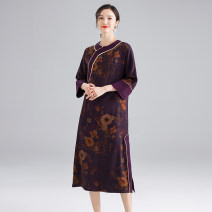 Dress Spring 2021 S,M,L,XL,2XL longuette singleton  Long sleeves commute Crew neck Loose waist Big flower other other raglan sleeve Others 35-39 years old Type H ethnic style printing and dyeing LYQ0275