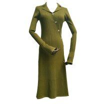 Dress Winter 2020 Black, green Average size longuette singleton  Long sleeves commute V-neck High waist Solid color Socket routine 25-29 years old Button knitting polyester fiber