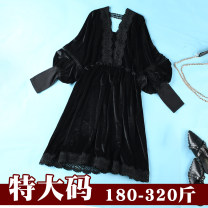 Women's large Spring of 2019, autumn of 2019 black 2XL (reference weight 170-200 kg), 3XL (reference weight 200-230 kg), 4XL (reference weight 240-260 kg), 5XL (reference weight 270-300 kg) Dress commute moderate Long sleeves Korean version S4007 Fat and beautiful